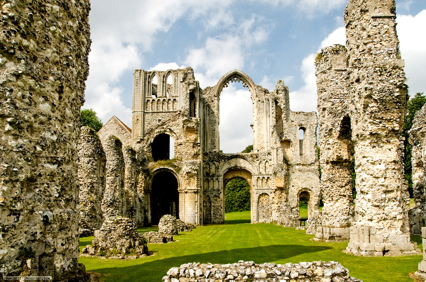 Your Day Out At Castle Acre Explore Experience Live